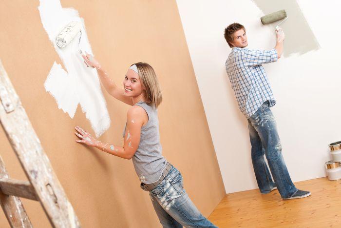 Malování interiéru svépomocí vyžaduje značnou zručnost